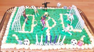 Gâteau anniversaire stade de foot