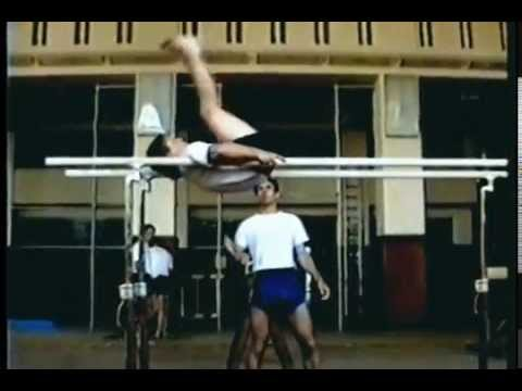 Café The Krym - Café The Krym - Prapory (gymnastics video version)