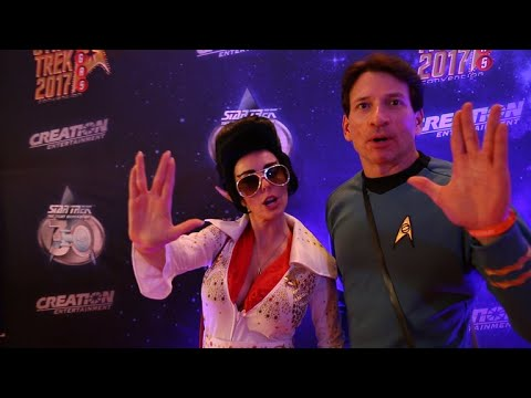Star Trek - Cast And Cosplay Abound At The Star Trek Official Convention