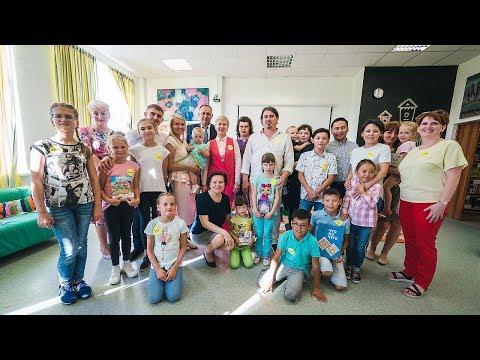 Наталья Комарова встретилась с многодетными семьями Ханты-Мансийска