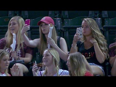 Fanynky na baseballu