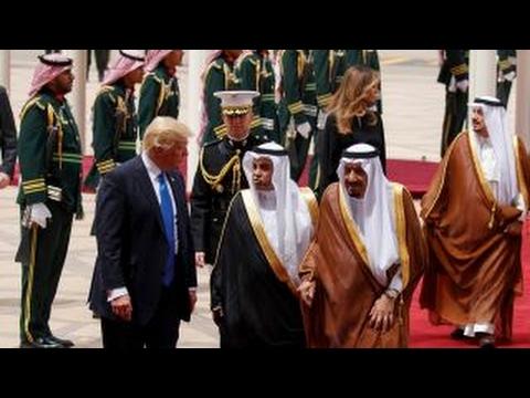 President Trump formally greeted in Saudi Arabia