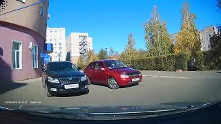 Автомобилист помог женщине