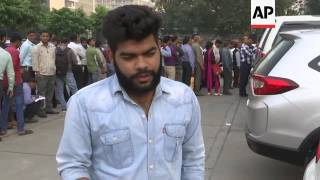 Long lines as Indians queue to change currency
