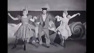 Judy Garland & George Murphy - By the Beautiful Sea (For Me And My Gal, 1942)
