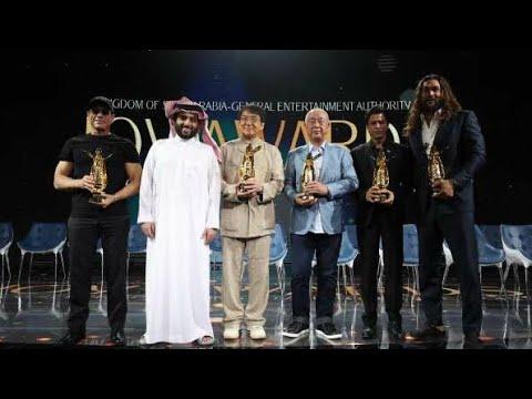 Shah Rukh Khan honoured at Joy Forum19 in Riyadh #kingKhan #worldbestactorSRK