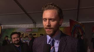 Thor Ragnarok World Premiere LA - Itw Tom Hiddleston (official video)