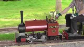 preview picture of video 'May Bank Holiday at the Audley End Miniature Railway (part one)'
