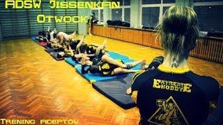 preview picture of video 'Trening grupy starszej 14.03.2014 [ADSW Jissenkan Otwock][HD]'
