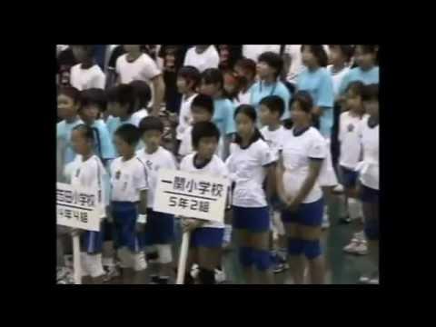 hatta's school30人31脚2004