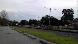 preview picture of video 'CSXT Safety Train  Through Woodbury, NJ'