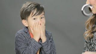 הורים מסבירים לבנם איך מגיעים ילדים לעולם - צפו >>