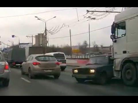 Wypadki ciężarówek 12.2014
