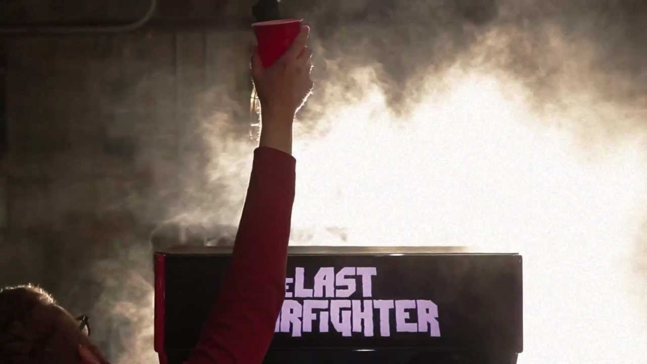 The Last Barfighter Is An Arcade Game That Literally Pours The Winner A Beer