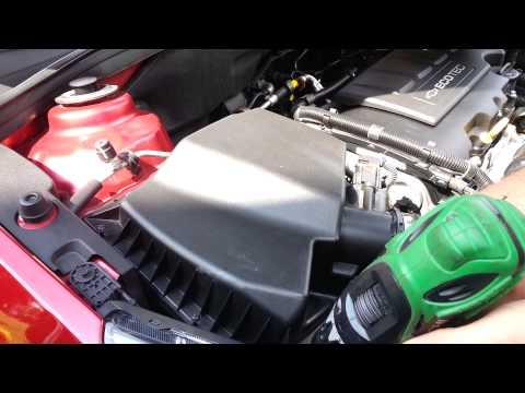 Wie aus dem Kultivator, das Benzin zusammenzuziehen