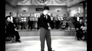 Charlie Chaplin, Modern Times 1936, Chaplin sings, humorinhistory com