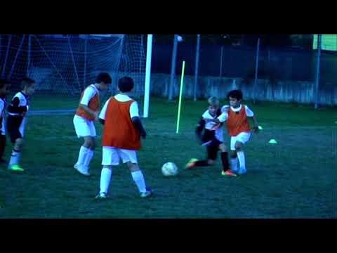 immagine di anteprima del video: Albignasego-Vigontina (Primi Calci- 17.10.2020)