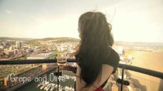 preview picture of video 'Valentine's Day: Swansea Bay'