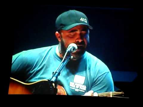 Aaron Lewis Right Here Waiting Chords
