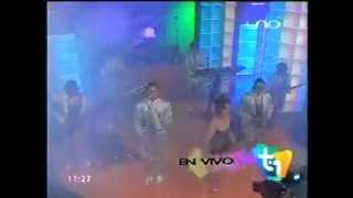 VIDEO: LA BANDA KALIENTE (en vivo TOP UNO)
