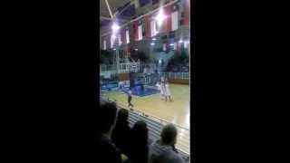 preview picture of video 'Minutos finales Municipal Puente Alto vs Colo-Colo Liga nacional de Basquetbol.'