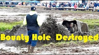 4x4 mudding bounty hole - TH-Clip