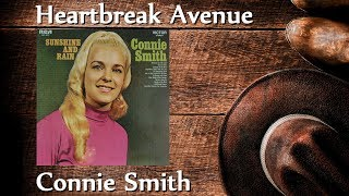 Connie Smith - Heartbreak Avenue