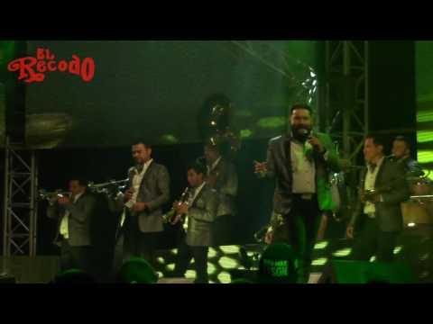 Un Puño De Tierra - Banda El Recodo en Dolores Hidalgo Huitziltepec 2017