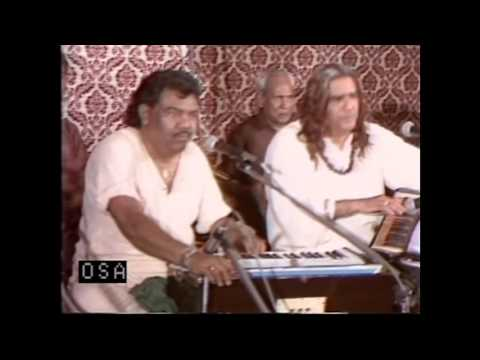 Dama Dam Mast Qalandar - Sabri Brothers Qawwal & Party - OSA Official HD Video