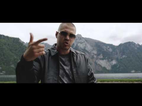 Momo ft. Matej Straka - CHAMELEON