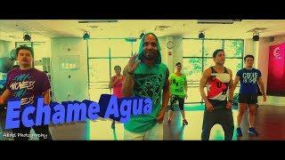 Yomil y El Danny Echame agua coreografia