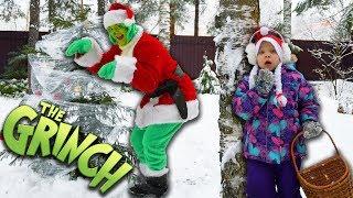 ОДНА ДОМА в новый год! ГРИНЧ В РЕАЛЬНОЙ ЖИЗНИ, он у меня дома! Чего БОИТСЯ Гринч?! Girl vs Grinch!