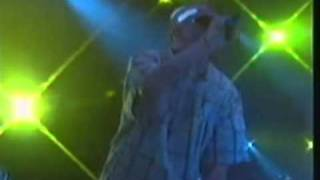 I want more (Live) - Faithless Derry 2004