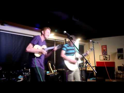 """Ginger Colony Performing, """"Blind Love"""" @ Open Mic Fight"""