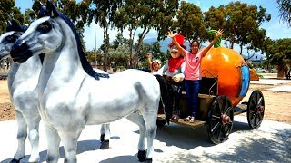 Esma and Asya play with Cinderella Carriage for kids video