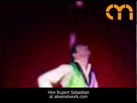 Video Rupert Sebastian (football juggling specialist)  London