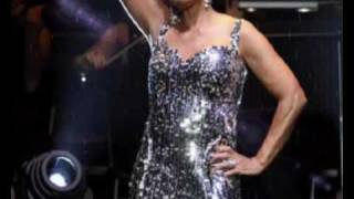 DAME SHIRLEY BASSEY - New album medley- THE PERFORMANCE