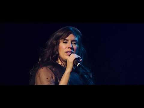 "Silvia Machete - ""Cabelos Negros"" -  Video Oficial (Dussek Veste Machete)"