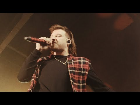 Morgan Wallen - Whiskey Glasses (Live)