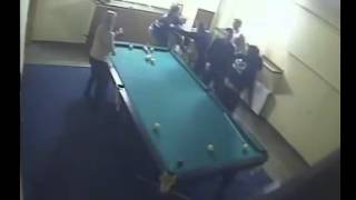 драка в баре