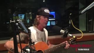 "Duff McKagan and  Steve Jones - ""Can't Put Your Arms Around a Memory"""