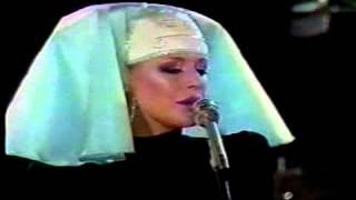 MARIANNE FAITHFULL & DAVID BOWIE - I GOT YOU, BABE (1973)