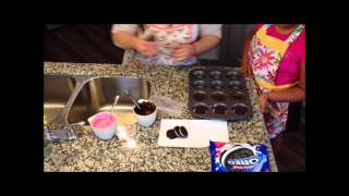 Cupcake Chic: How To Make Chocolate Covered Oreos