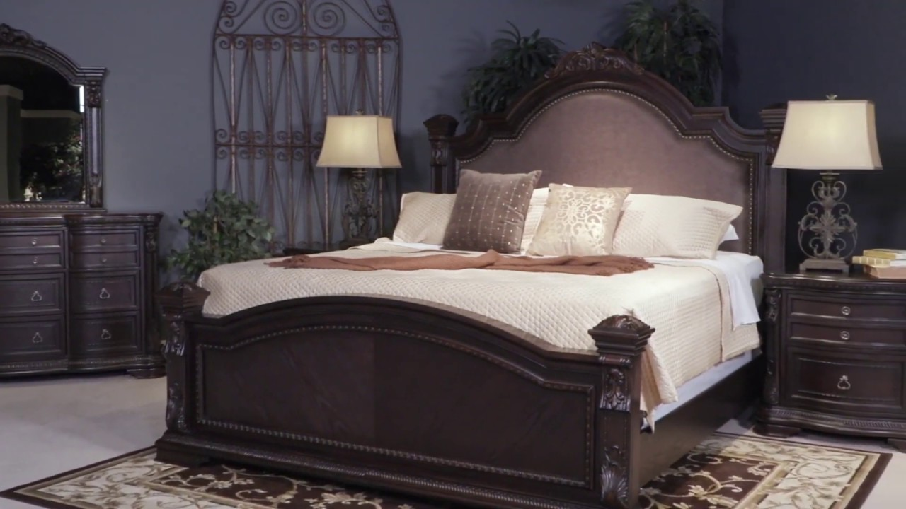 Wellsbrook Dark Brown Cal King Poster Bed From Ashley