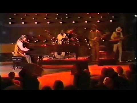 Dr john in the right place 1973 full mp3 download naijaloyal. Co.