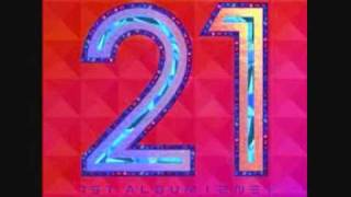 2NE1 - Try To Follow Me