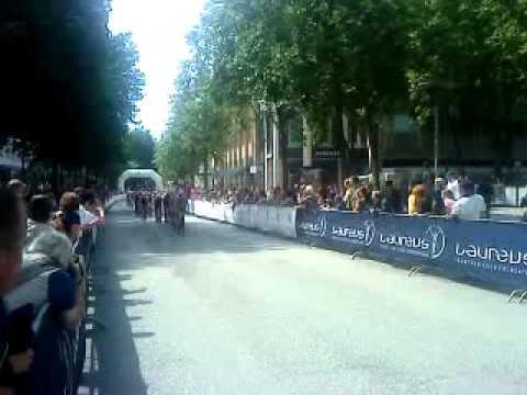 Triathlon der Herren 2011 – Radfahren Hamburg Mönckebergstrasse