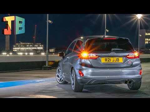 MK8 Fiesta 🚗 How to replace REAR INDICATOR Lights (CEUK LED Upgrade)