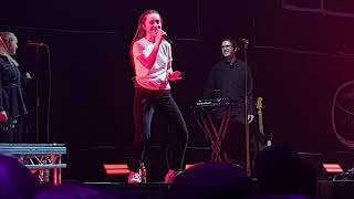 Sigrid - 'Don't Feel Like Crying' (Liverpool M&S Bank Arena, 9th March 2019)