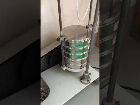 Agitación de tamices con máquina.